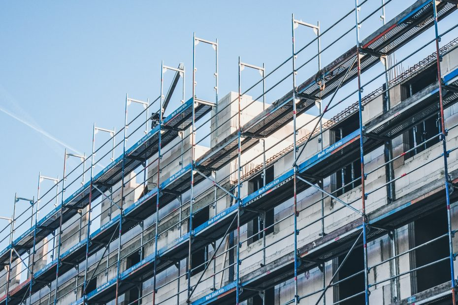 High-Rise Construction Scaffolding & Building